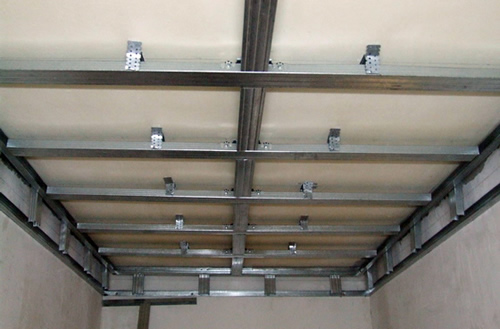 Потолок из пвх панелей как сделать